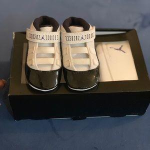 Jordan 11 Retro Gift Pack